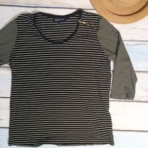 🌟5 for $25🌟 Plus Size Striped Zip Shoulder Tee